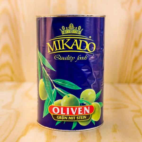 Oliven, grün, mit Stein